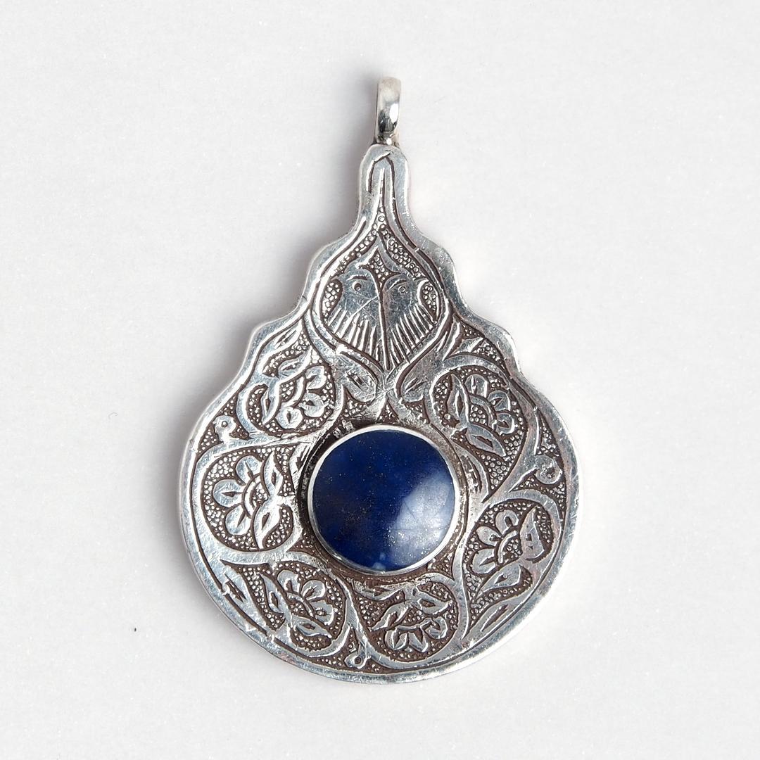 Pandantiv păsări, argint și lapis lazuli, Afganistan