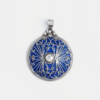 Pandantiv rotund El Borj, argint și email albastru, Maroc