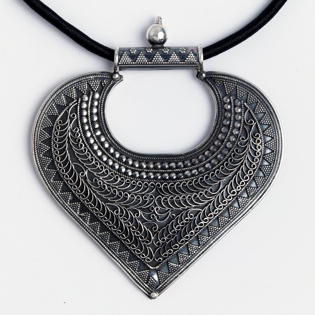 Pandantiv statement Yoni, argint patinat, India