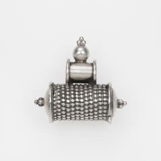 Pandantiv tubular amuletă, argint, India