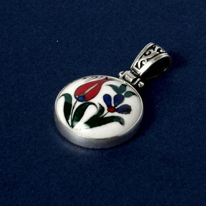 Pandantiv turcesc argint și ceramică de Iznik