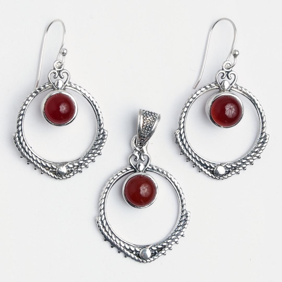 Set cercei și pandantiv Aruna, argint și carneol, India