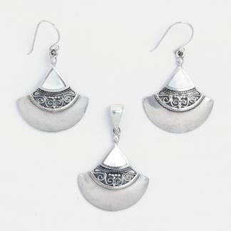Set cercei și pandantiv Raya, argint și sidef, Indonezia
