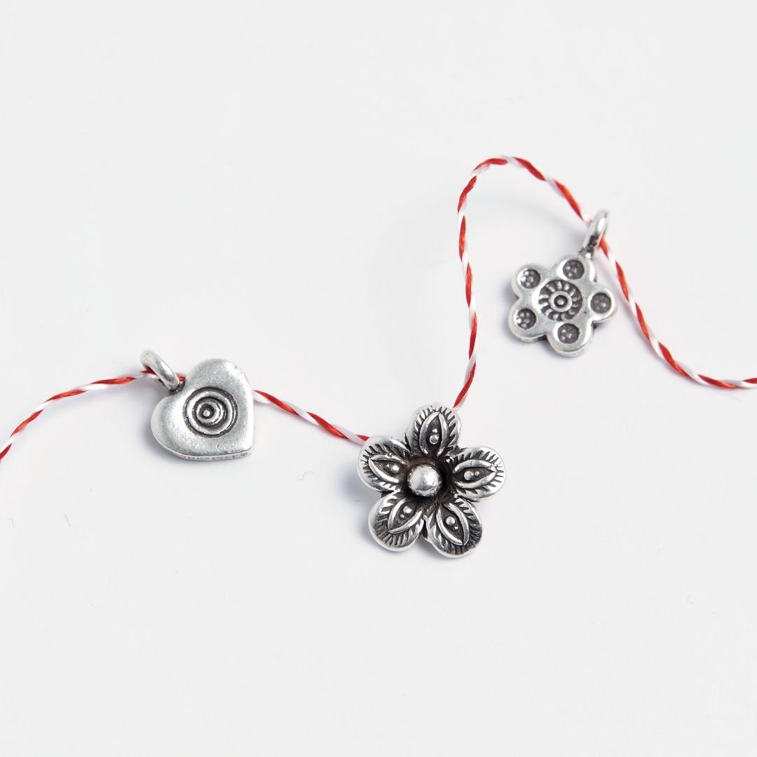 Set 3 mărțișoare din argint: floricică, floare, inimioară