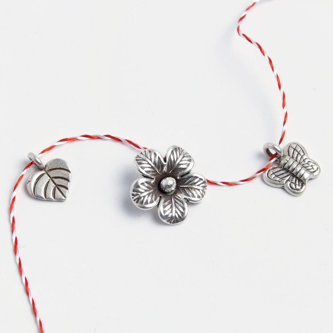 Set 3 mărțișoare din argint: inimioară, floare, fluturaș