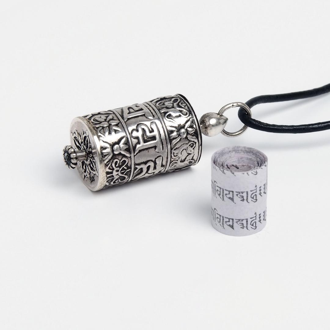 Talisman tibetan budist, argint